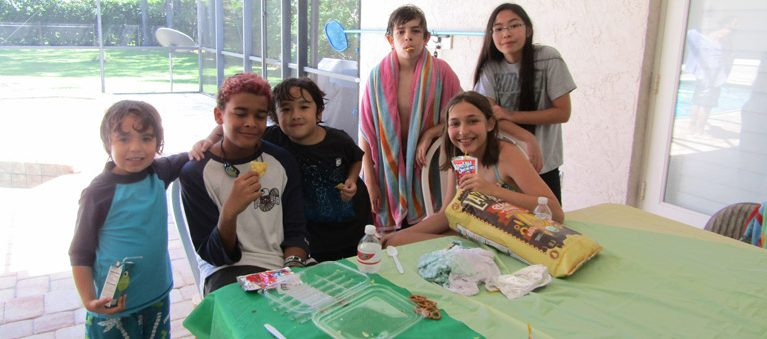 Temple Israel Youth Annual Pool Party